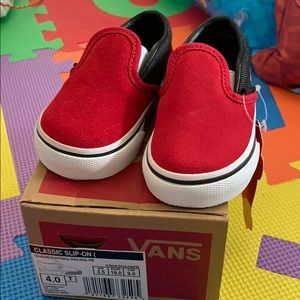 Red gray baby vans size 4